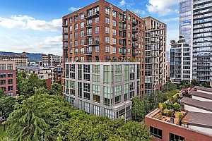 MLS # 18555675 : 922 NW 11TH AVE  UNIT 905
