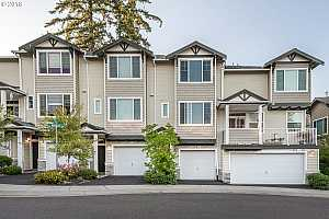 MLS # 18617525 : 15010 SW WARBLER WAY  UNIT 104