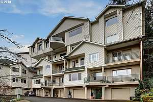 MLS # 18639561 : 2078 SW 10TH AVE 3