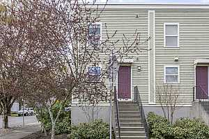 More Details about MLS # 18674840 : 8735 SE 17TH AVE