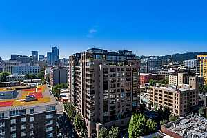 MLS # 18679197 : 333 NW 9TH AVE  UNIT 1502