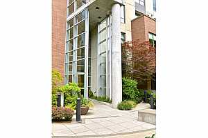 MLS # 18680252 : 922 NW 11TH AVE  UNIT 605