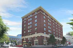 MLS # 18696565 : 1005 SW PARK AVE  UNIT 705