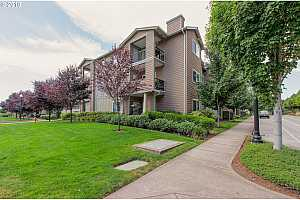 MLS # 18697657 : 18562 NW HOLLY ST  UNIT 208