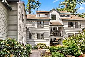 MLS # 19020304 : 4000 CARMAN DR  UNIT B 23