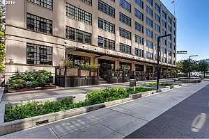 MLS # 19030637 : 1400 NW IRVING ST  UNIT 510