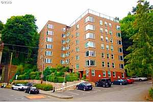 MLS # 19056011 : 1205 SW CARDINELL DR  UNIT 708