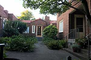 More Details about MLS # 19077010 : 2743 NW THURMAN ST 3
