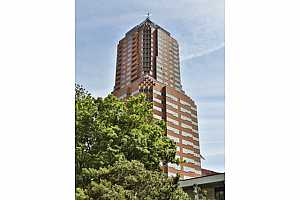 MLS # 19080323 : 1414 SW 3RD AVE  UNIT 2502