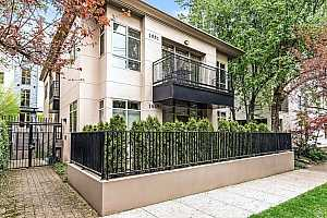 MLS # 19092383 : 1951 NW HOYT ST  UNIT 31