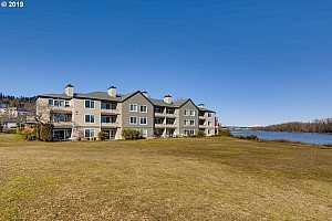 MLS # 19095600 : 5170 SW LANDING DR  UNIT 105