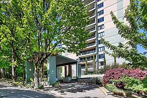 MLS # 19126201 : 111 SW HARRISON ST  UNIT 5D