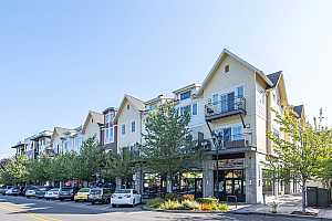 More Details about MLS # 19220209 : 10606 SE MAIN ST 213