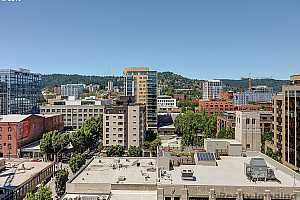 MLS # 19236672 : 333 NW 9TH AVE  UNIT 1201