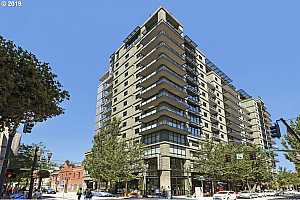 MLS # 19245896 : 1025 NW COUCH ST  UNIT 1112