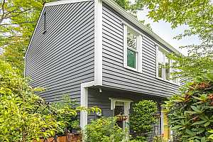 More Details about MLS # 19279993 : 2015 NW IRVING ST