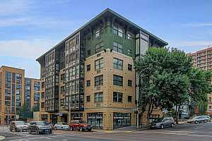 MLS # 19282962 : 1134 SW JEFFERSON ST  UNIT 302