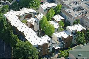 MLS # 19284395 : 1535 SW CLAY ST  UNIT 301
