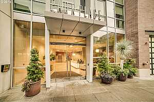 MLS # 19305861 : 922 NW 11TH AVE  UNIT 605