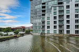 MLS # 19317495 : 1310 NW NAITO PKWY  UNIT 104A