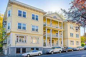 More Details about MLS # 19322222 : 1810 NW EVERETT ST 202