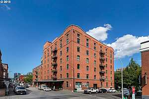 MLS # 19352025 : 416 NW 13TH AVE  UNIT 506