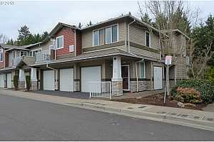 MLS # 19405652 : 14745 SW SANDHILL LOOP  UNIT 204