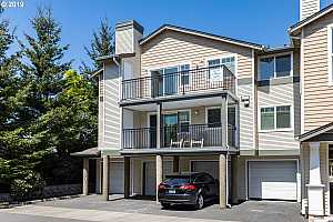 MLS # 19408507 : 770 NW 185TH AVE  UNIT 302