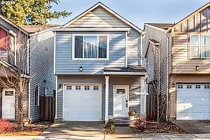 More Details about MLS # 19428323 : 1518 SE 117TH AVE