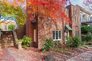 More Details about MLS # 19435869 : 2743 NW THURMAN ST 1