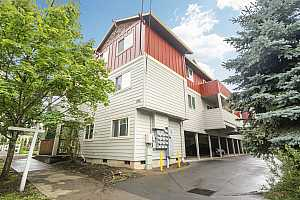 More Details about MLS # 19442214 : 225 SE 126TH AVE 5