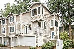 MLS # 19493476 : 14192 SW BARROWS RD  UNIT 5