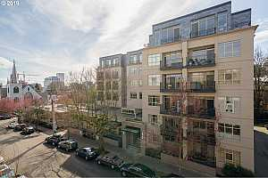 MLS # 19498067 : 1930 NW IRVING ST  UNIT 405