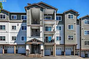 MLS # 19517138 : 11830 NW HOLLY SPRINGS LN  UNIT 304