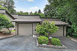 MLS # 19522576 : 3877 SW CANBY ST