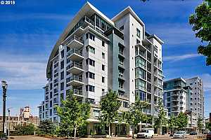 MLS # 19524530 : 1310 NW NAITO PKWY  UNIT 1005A