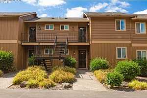 MLS # 19536236 : 1924 NW 143RD AVE  UNIT #56