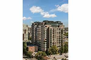 MLS # 19540045 : 333 NW 9TH AVE  UNIT 1303