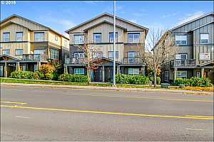 MLS # 19561242 : 1020 SW 170TH AVE 200