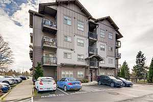 MLS # 19600684 : 13875 SW MERIDIAN ST  UNIT 320
