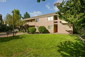 MLS # 19601530 : 603 SE 148TH AVE  UNIT 603