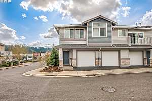 MLS # 19602227 : 14800 SW SANDHILL LOOP  UNIT 201