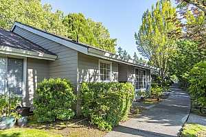 MLS # 19617125 : 13775 SW SCHOLLS FERRY RD  UNIT 20