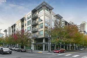 MLS # 19651421 : 1125 NW 9TH AVE 413