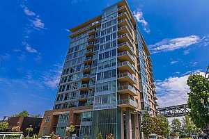 MLS # 19680472 : 1920 SW RIVER DR  UNIT E1303