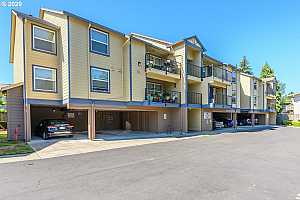 More Details about MLS # 20067374 : 259 SE 162ND AVE 109