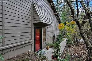 More Details about MLS # 20087900 : 3851 SW CANBY ST