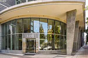 MLS # 20101105 : 1255 NW 9TH AVE 1202