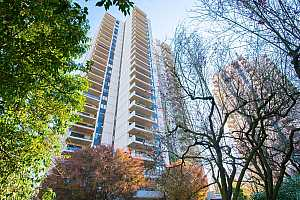 MLS # 20129613 : 2221 SW 1ST AVE 2125