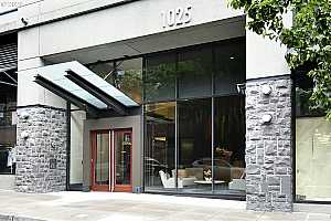 MLS # 20132462 : 1025 NW COUCH ST 820